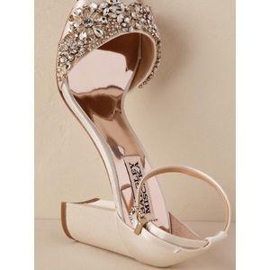 41453762db9 Badgley Mischka Shoes - BHLDN BADGLEY MISCHKA Hines Heel Ivory block heel
